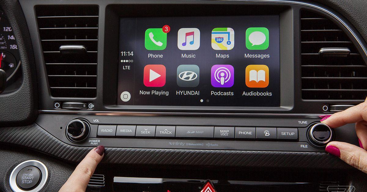Apple CarPlay at Ken Shaw Toyota in Toronto, Ontario